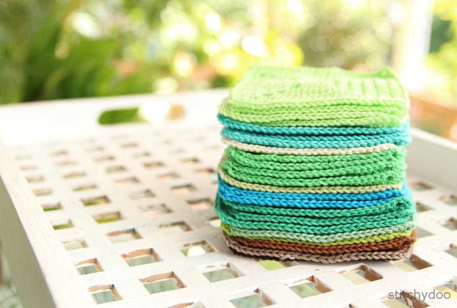 gehäkelte Quadrate für eine Häkeldecke | solid squares for a crochet blanket