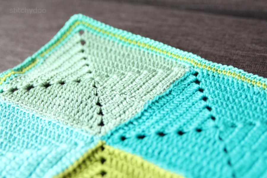 Häkeldecke - Rand häkeln // crochet blanket edging