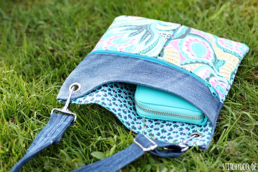 stitchydoo: Mini-Polly Frühlingstasche | Amy Butler trifft auf recycelte Jeans