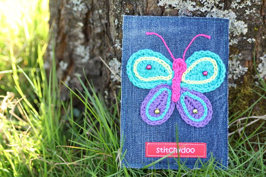 stitchydoo: Stoffkartentausch | Meine Frühlingsboten im April - gehäkelter Schmetterlingauf Jeans