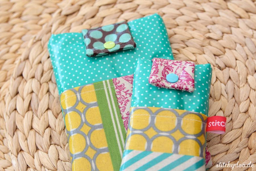 stitchydoo: Bunte Handy- und eReader-Taschen aus Wachstuch