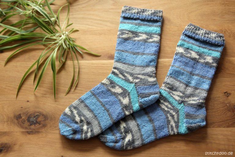 stitchydoo: Meine ersten selbstgestrickten Socken