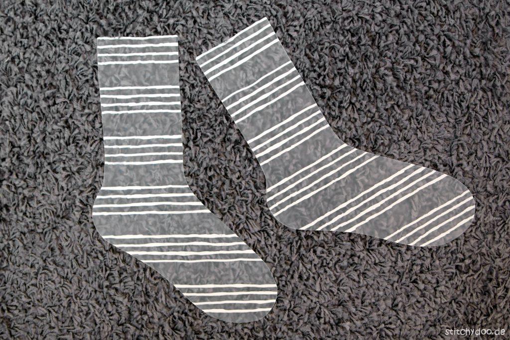 stitchydoo: Sockeschablone - Sockenbrett DIY aus Kunststoff-Tischset