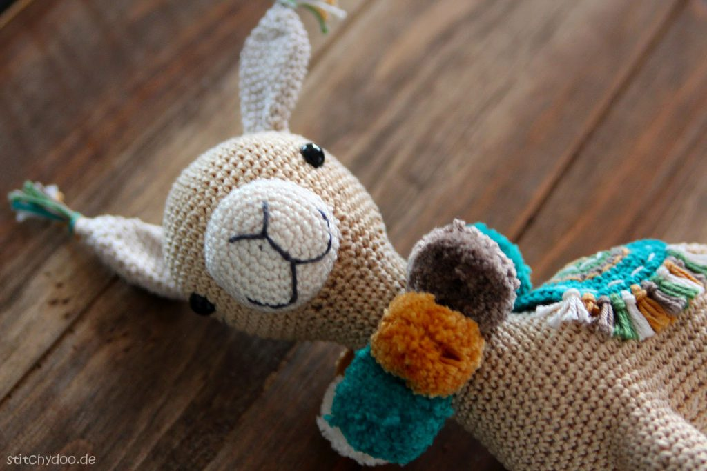 stitchydoo: Animal Friends of Pica Pau - Alpaka Marcia