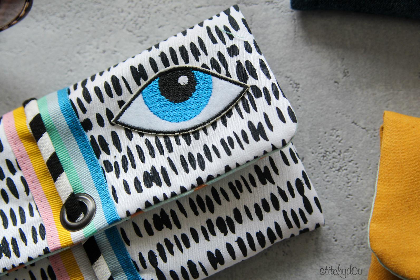 stitchydoo: Handytasche - Popup mit Patch-Auge
